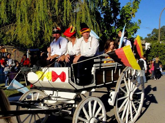 Delicias y tradiciones alemanas en Colonia Hinojo