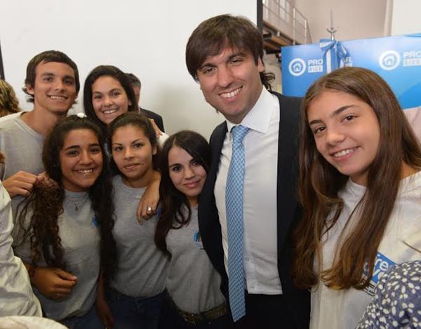Diego Bossio: �1713 estudiantes de Tandil acceden al cobro de Progresar en el mes de julio�