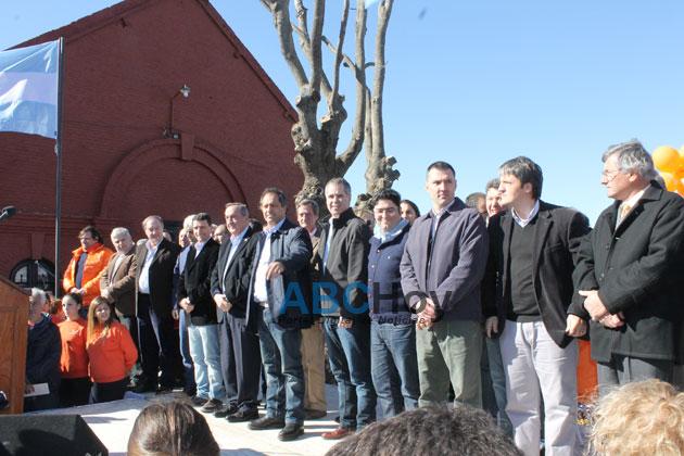 Scioli y Lunghi pusieron en marcha el Tren Tur�stico para Gardey y Vela