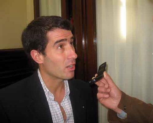 Civale: �La oposici�n le busca el pelo al huevo para no dar la discusi�n de fondo�