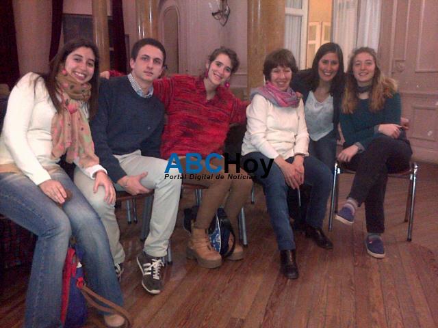 Presentaron nueva agencia de noticias en Tandil con reflexi�n y debate