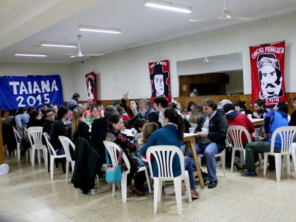 Debate del d�a del trabajador en el club Gimnasia