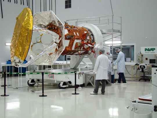 INVAP- Tres Nuevos Satelites de Comunicaciones 20120908SateliteArgentino