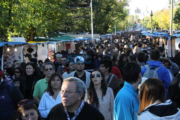 M�s de 2 millones de viajeros disfrutan de Semana Santa en todo el pa�s