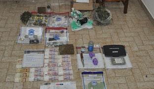 Quedaron detenidos los integrantes de la banda que vend�a droga en escuelas