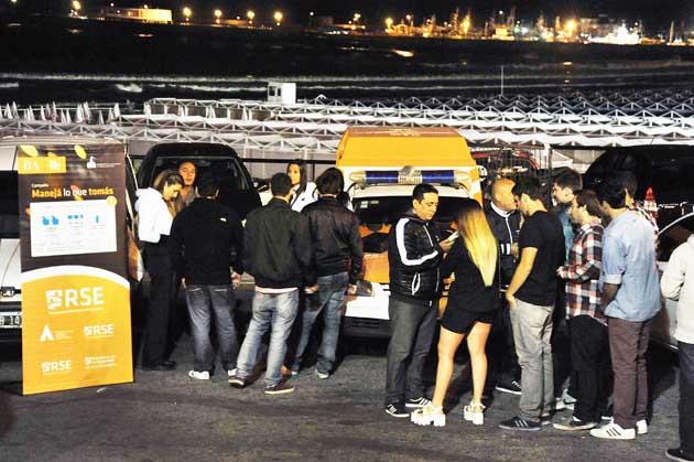 M�s de 3.300 j�venes se hicieron controles voluntarios de alcoholemia y se clausuraron 20 locales