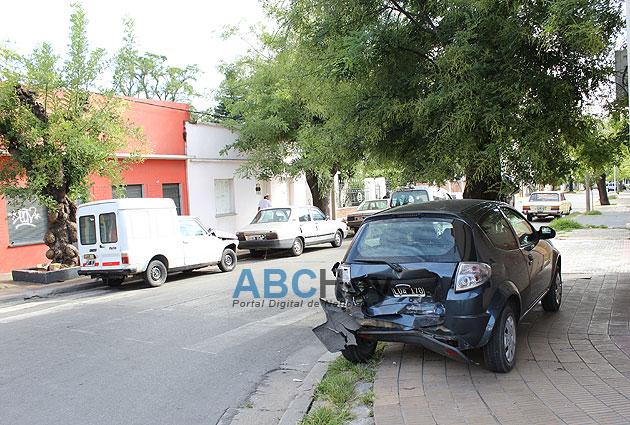 Violento choque en Ameghino y Quintana