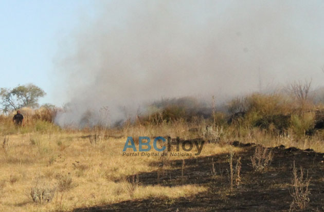 Incendio de pastos naturales en Riato y Jujuy