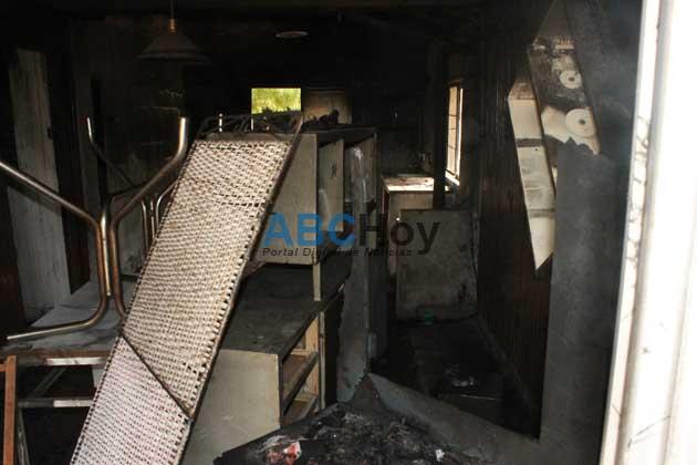Un incendio dej� a una joven pareja sin nada