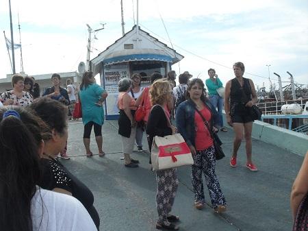 Integrantes de los clubes de abuelos y de las manzaneras viajaron a la playa